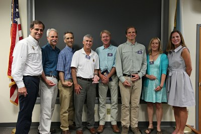 FWS Director Dan Ashe presents award to Connect the Connecticut leadership team